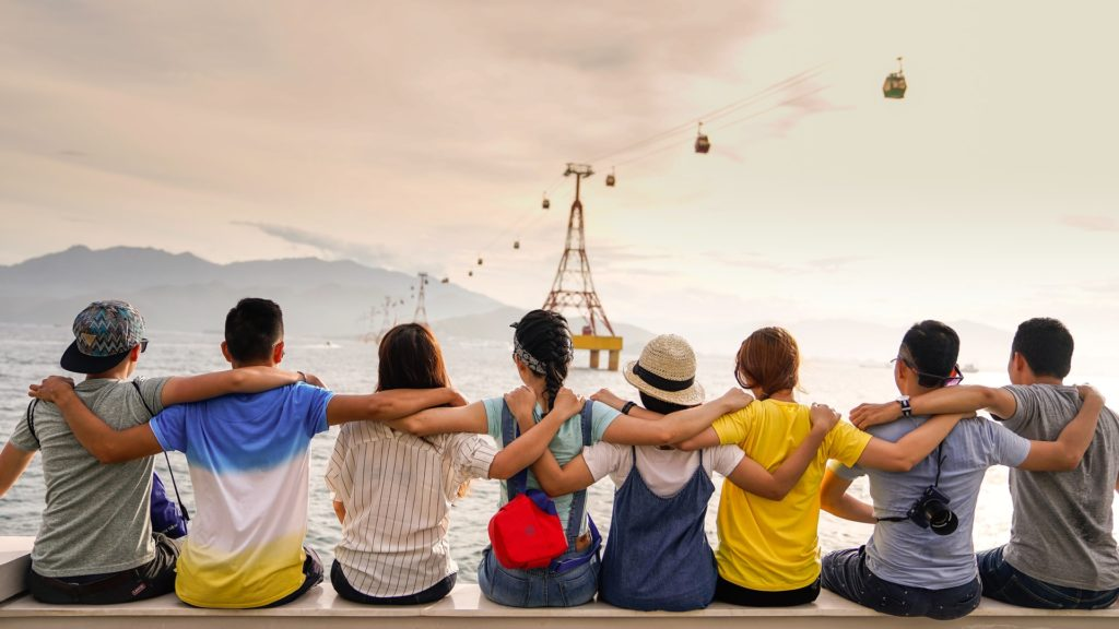 Research: 5 Ways Friendships Help Us
